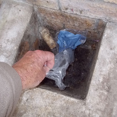 Clean your Drains Easily 5