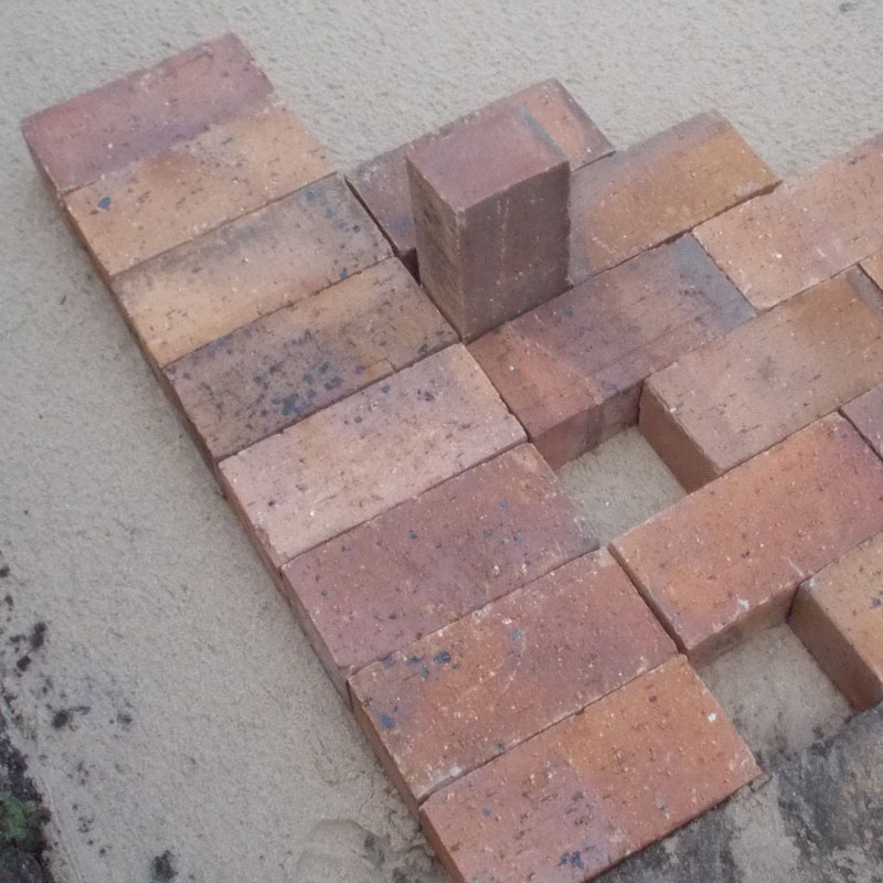 Lay some brick paving in your garden 16