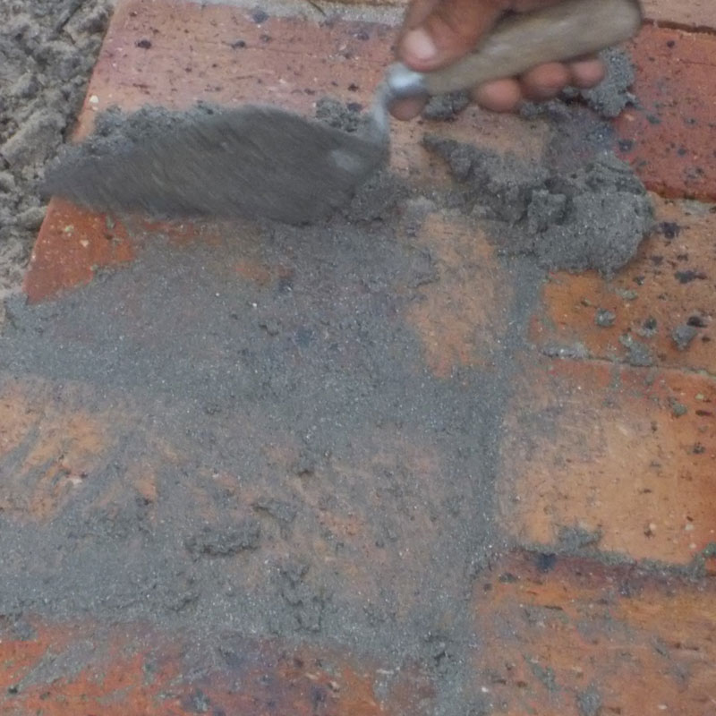 Lay some brick paving in your garden 26