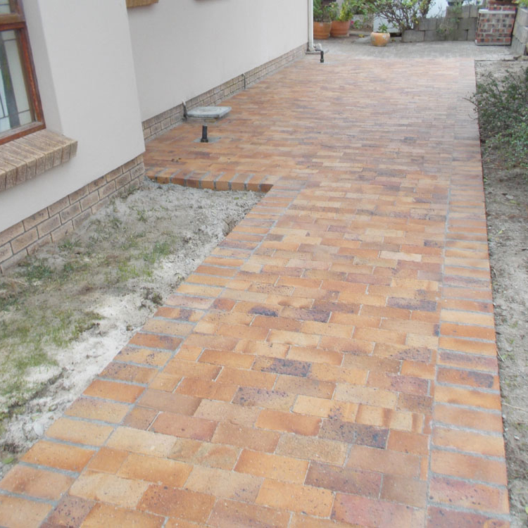 Lay some brick paving in your garden 31