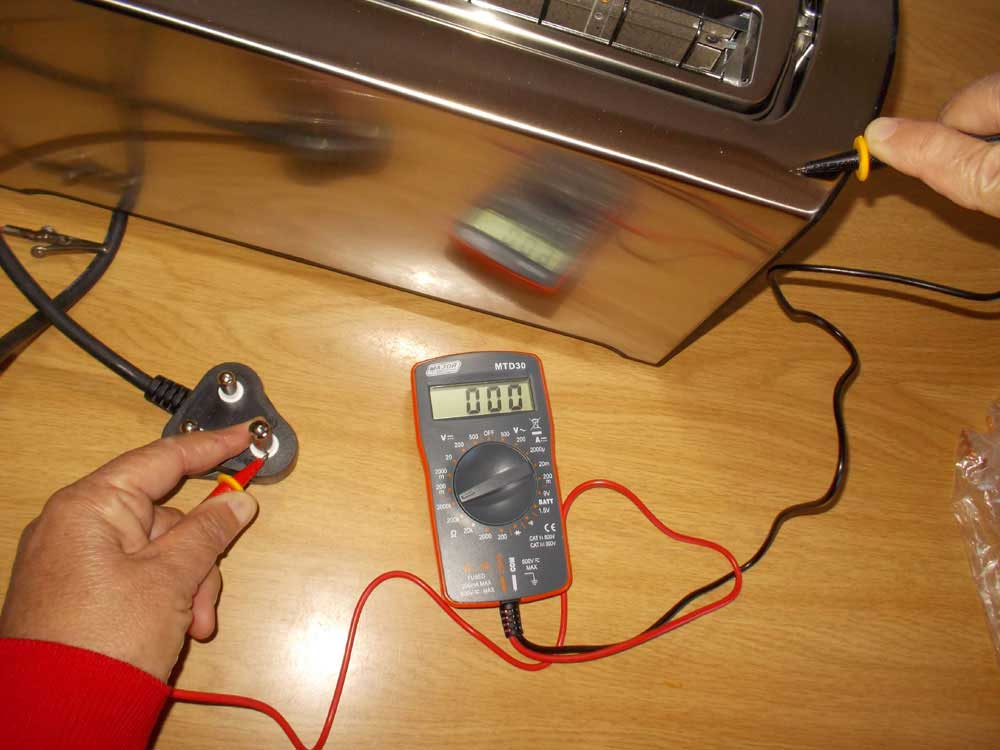 Mica Hardware | MICA – HOW TO USE A MULTIMETER
